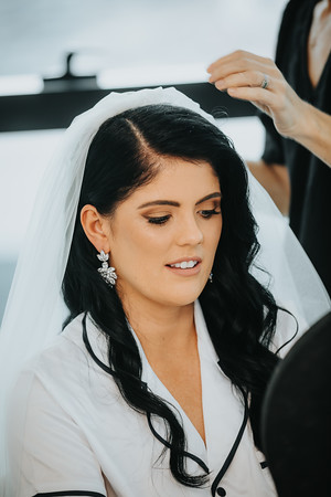 10_L+M_Bridal-Prep-at-Brisbane-Skytower_She_Said_Yes_Wedding_Photography_Brisbane