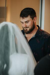 17_L+M_Bridal-Prep-at-Brisbane-Skytower_She_Said_Yes_Wedding_Photography_Brisbane