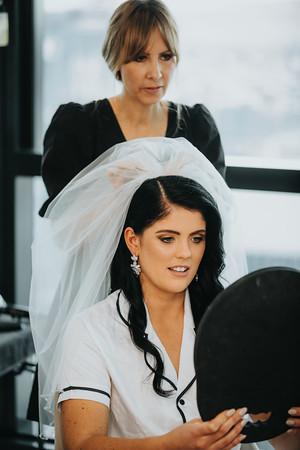 11_L+M_Bridal-Prep-at-Brisbane-Skytower_She_Said_Yes_Wedding_Photography_Brisbane