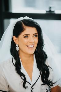 12_L+M_Bridal-Prep-at-Brisbane-Skytower_She_Said_Yes_Wedding_Photography_Brisbane