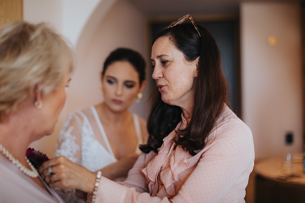 22_S+S_Bridal_Prep_at_Calile_Hotel_She_Said_Yes_Wedding_Photography_Brisbane