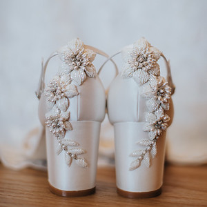 10_S+S_Bridal_Prep_at_Calile_Hotel_She_Said_Yes_Wedding_Photography_Brisbane