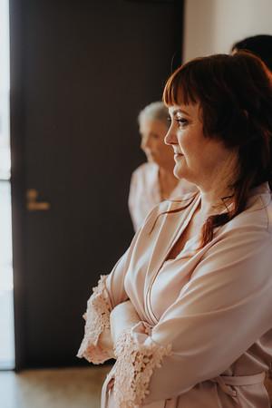 4_S+S_Bridal_Prep_at_Calile_Hotel_She_Said_Yes_Wedding_Photography_Brisbane