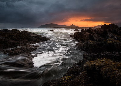 DRAMATIC DINGLE