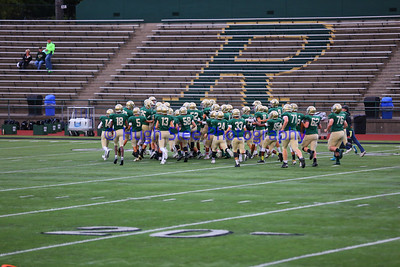 39-2017-09-29 Redmond HS Boys Varsity Football v Lake Washington-646