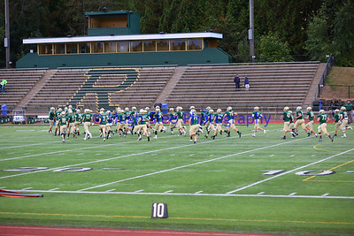 38-2017-09-29 Redmond HS Boys Varsity Football v Lake Washington-645