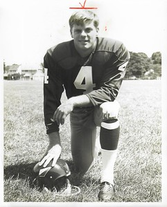Mike Bragg 1968 Redskins Team Issue Photo