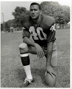 Lonnie Sanders 1960s Redskins Team Issue Photo