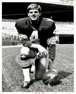 Mike Bragg 1969 Redskins Team Issue Photo