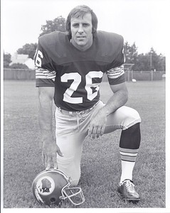 Bob Brunet 1977 Redskins Team Issue Photo