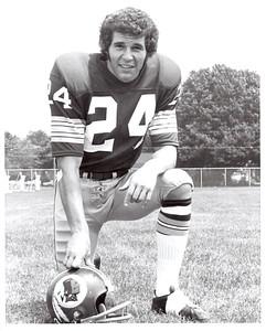 Bill Malinchik 1972 Redskins Team Issue Photo