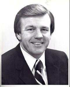 Joe Gibbs 1981 Redskins Team Issue Photo