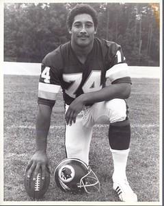 George Starke 1982 Redskins Team Issue Photo