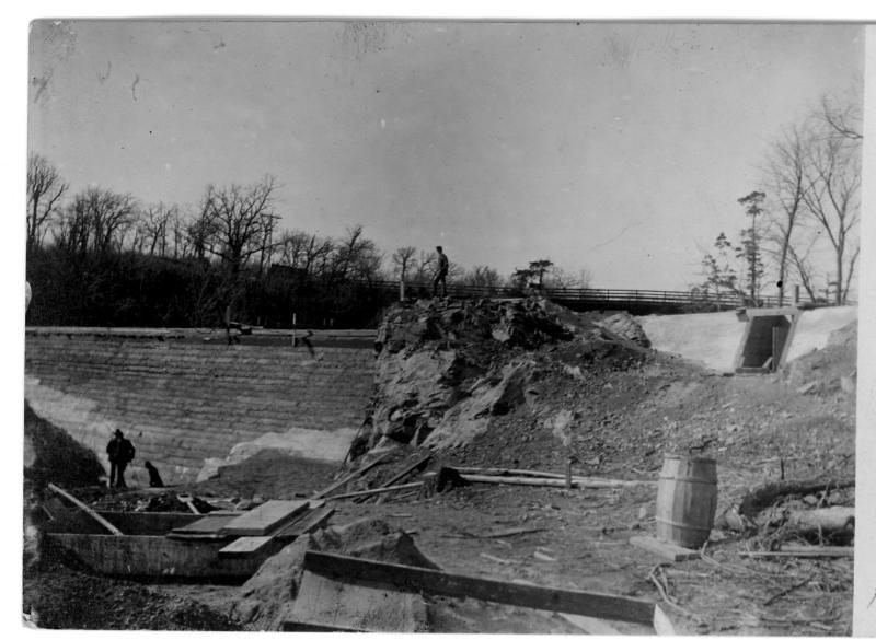 dam under const 1901