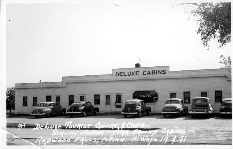 Deluxe Motel 1949