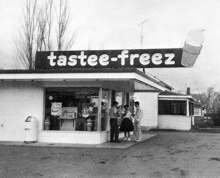 Tastee Freese now Dari King