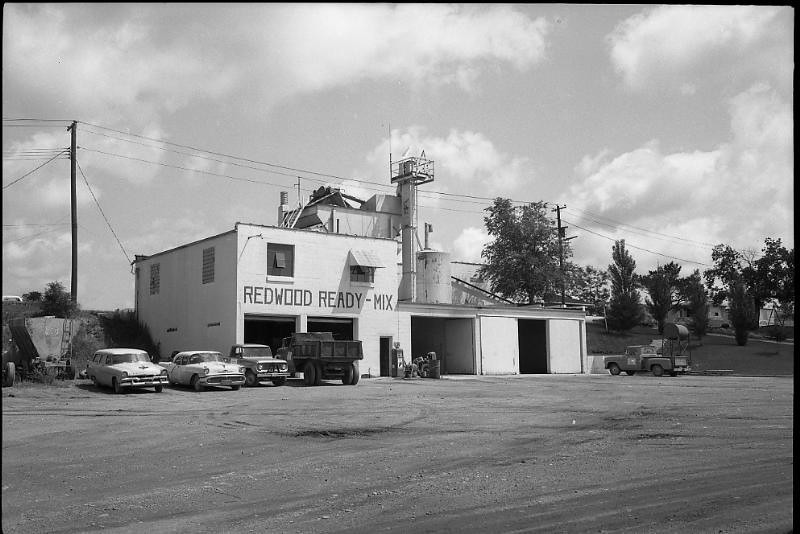 Hardys Redwood Ready Mix in the 60s