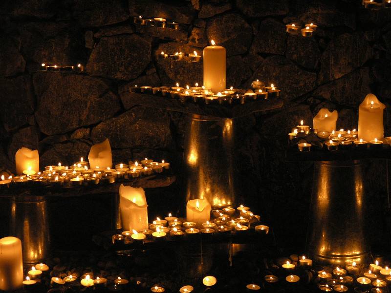 8080 Olympus 8 MP:<br /> Make a wish candle grotto.