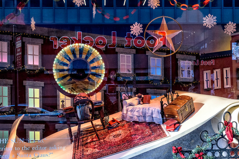 Foot Locker, Holiday Decoration, Bed