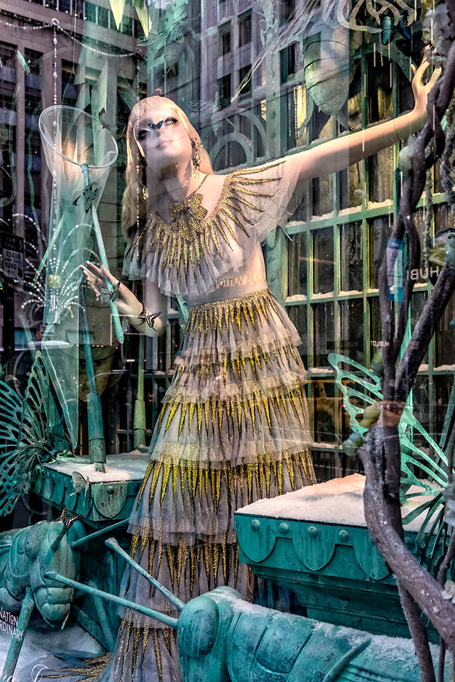 Butterflly Hunting Mannequin
