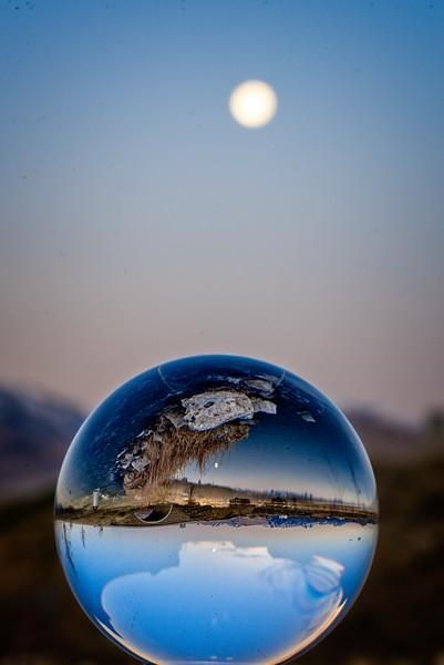 SRb1804_9407_Glass_Moonset