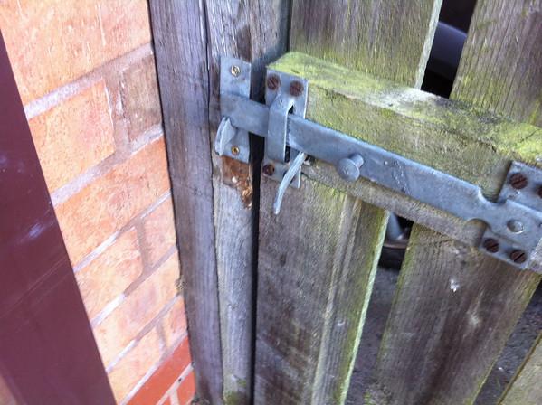 Bridgewater Rd, Altrincham gate posts