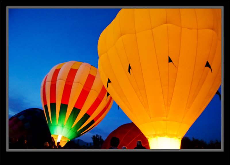 Ballon Fest Night Glow
