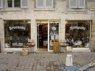 Antiquaire a Blois 01 C-Mouton