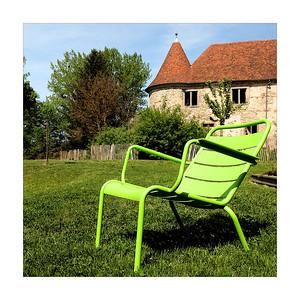 La chaise vert fluo
