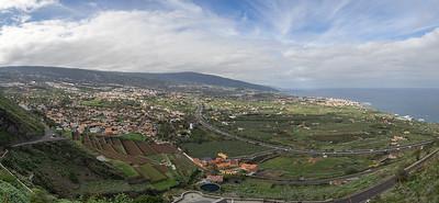 Campagne au-dessus de Puerto de la Cruz - Tenerife
