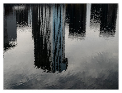 Reflets dans le canal
