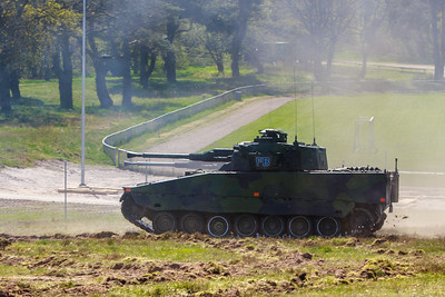Two CV90 going forward