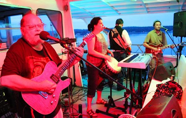 13.07.07 Reggae Cruise with The Dani Tribesmen