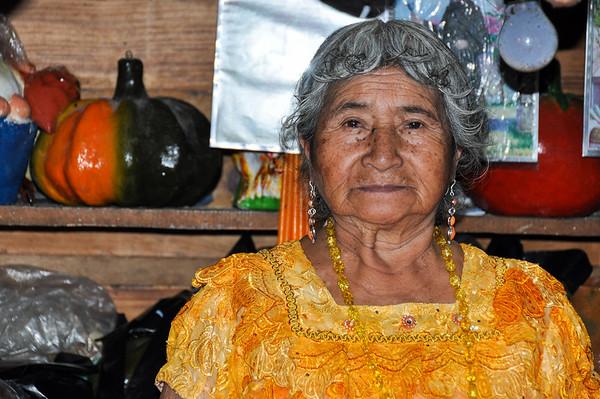 Guatemalteca woman, Lago Atitlan, Guatemala