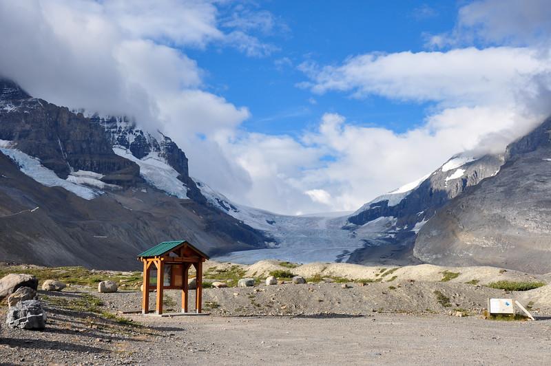Athabaska Glacier on Icefield Parkway in all it's splendeur, Alberta, Canada
