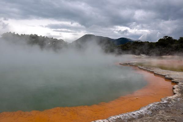 Geothermal Champagne Pool in Wai-O-Tapu, North Island, New-Zealand