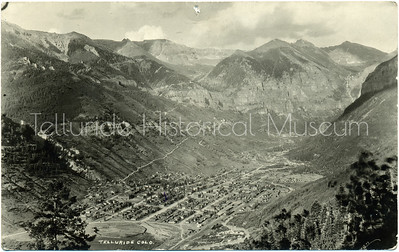 1995-56: Black & White Post Card of Telluride