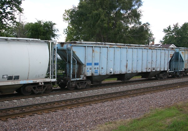 San Luis Central Railroad 3-Bay 4750 cu. ft. Covered Hopper No. 12459