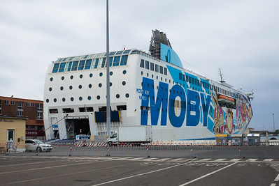 Die Moby-Lines bringen uns von Livorno nach Olbia.