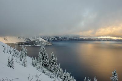 20101108 Crater Lake 01