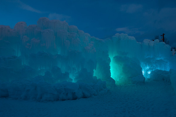 20140204 Midway Ice Castle 044