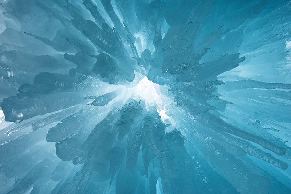 20140204 Midway Ice Castle 015