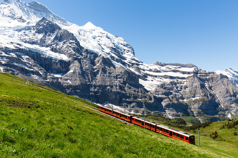 Climbing to Jungfraujoch