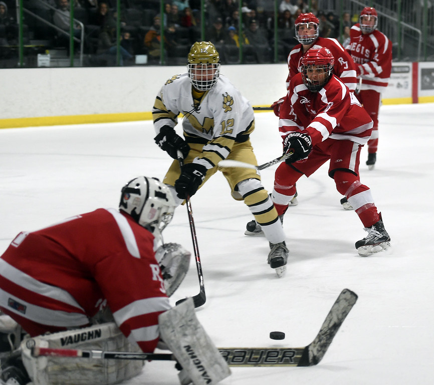 Regis Jesuit at Monarch Hockey