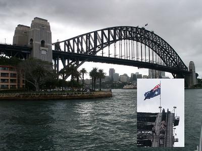 Sydney Harbour Bridge Man kann auf dem Bogen bis auf den höchsten Punkt der Brücke klettern (siehe kleines Bild). Leider muss man 12 Jahre alt sein und schwangere dürfen auch nicht.