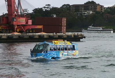 The Aussie Duck Amphibienfahrzeug für Stadt- und Hafenrundfahrten.