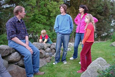 Familie Renneberg zu Besuch bei uns in Stavanger. Der Besuch war seid Jahren angekündigt und endlich haben sie es geschafft! Sie bekamen von Helga natürlich eine Führungs im Ölmuseum.