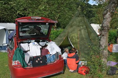 Danach ging es in die Eifel. Unser Auto ist zwar klein aber Dank Helgas Packkünsten konnten wir auch alle Sachen von Ludwig mitnehmen.