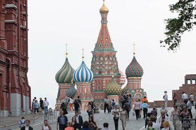 Zwischen Ankunft auf dem Flughafen und Abfahrt mit dem Zug hatten wir ein paar Stunden, um uns in Moskau umzuschauen.