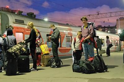 Gegen Mitternacht auf dem Bahnhof. Gleich geht es los!